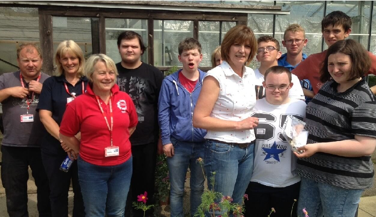 Green-fingered students raise funds for Candlelighters