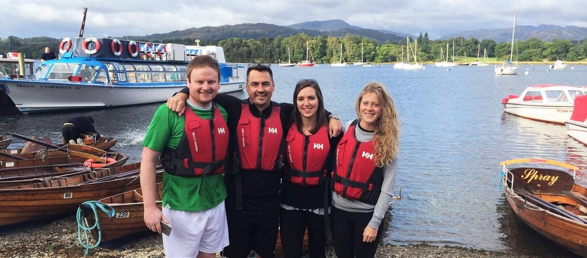 Leeds company raise £2,000 from sponsored 21-mile row for Candlelighters