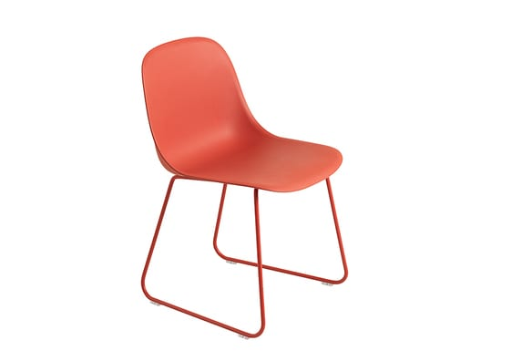 Red-shell-red-base_2 chair